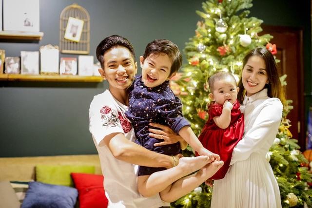 """Phan Hiển: """"Vợ chồng phải chịu đựng nhau mới có thể sống với nhau"""" - 4"""