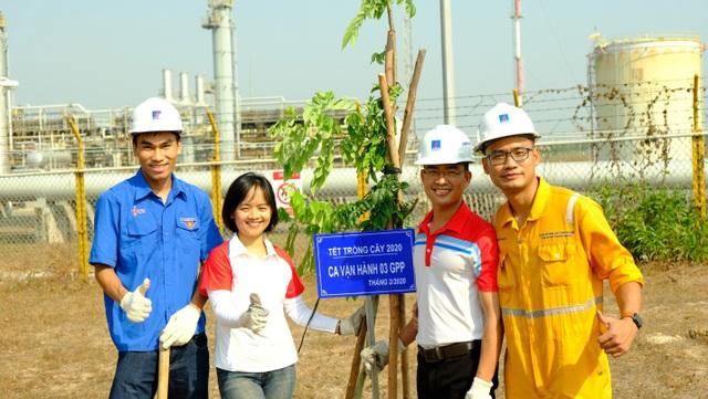 PV GAS phát động phong trào thi đua xanh - sạch - đẹp - 1