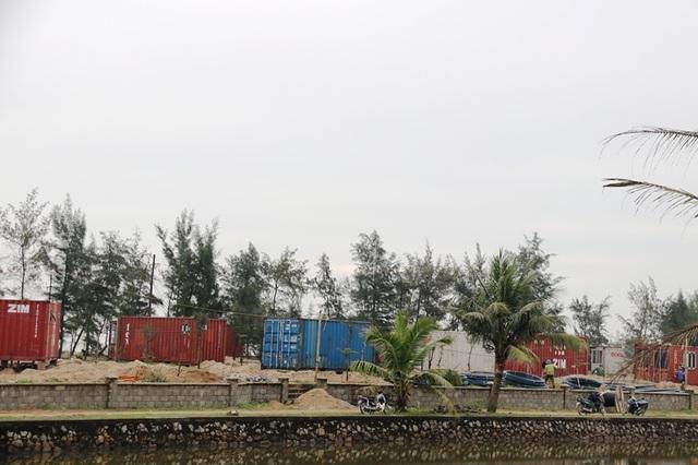 Hà Tĩnh: Rầm rộ dựng hàng trăm container làm nhà trong rừng phòng hộ - 4