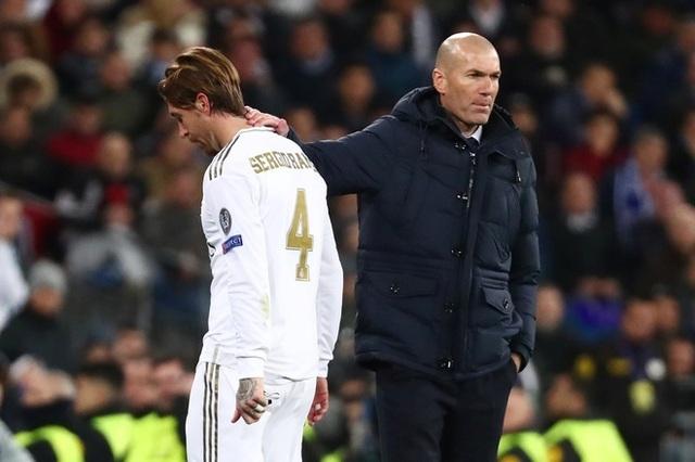 HLV Zidane nói gì sau khi Real Madrid bị ngược dòng bởi Man City? - 1