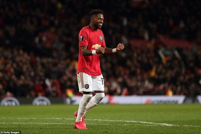Man Utd thắng lớn, Arsenal bất ngờ bị loại khỏi Europa League - 1