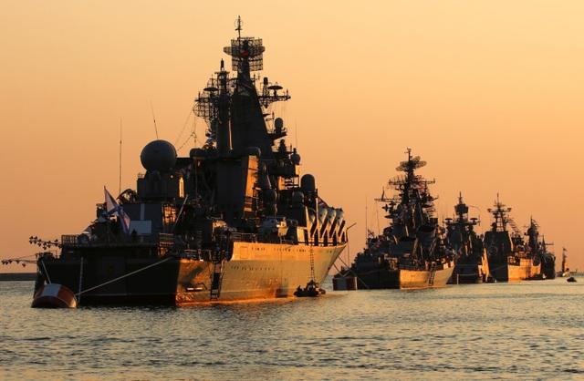 """Nga điều 2 tàu chiến tên lửa tới Syria giữa lúc Idlib """"căng như dây đàn"""" - 1"""