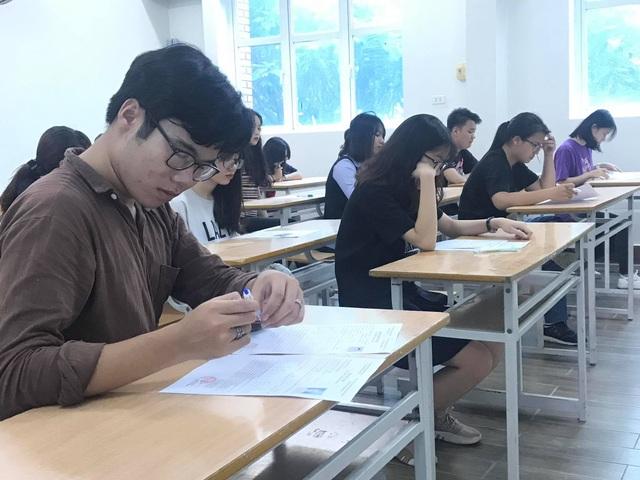 Đang xây dựng đề thi tham khảo đồng bộ với chương trình tinh giản - 2