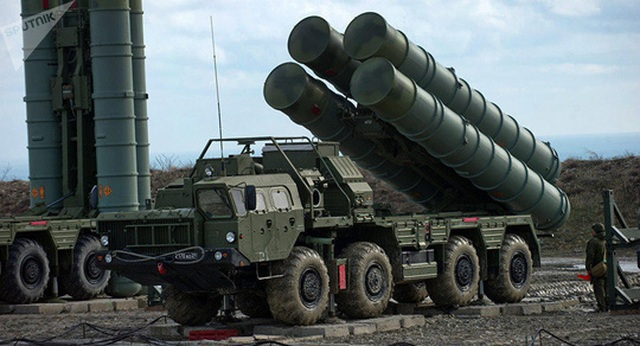 Nghị sĩ Mỹ đề xuất mua lại rồng lửa S-400 của Nga từ Thổ Nhĩ Kỳ - 1