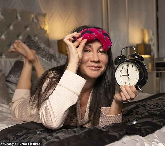Kỳ lạ người phụ nữ mắc chứng đã ngủ là không thể tự thức dậy - Ảnh minh hoạ 2