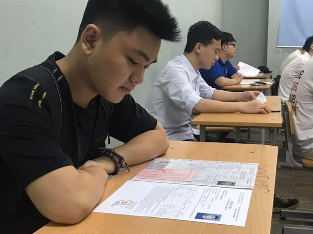 Đề tham khảo môn Ngữ văn tốt nghiệp THPT: Có câu hỏi gắn với thực tế - 1