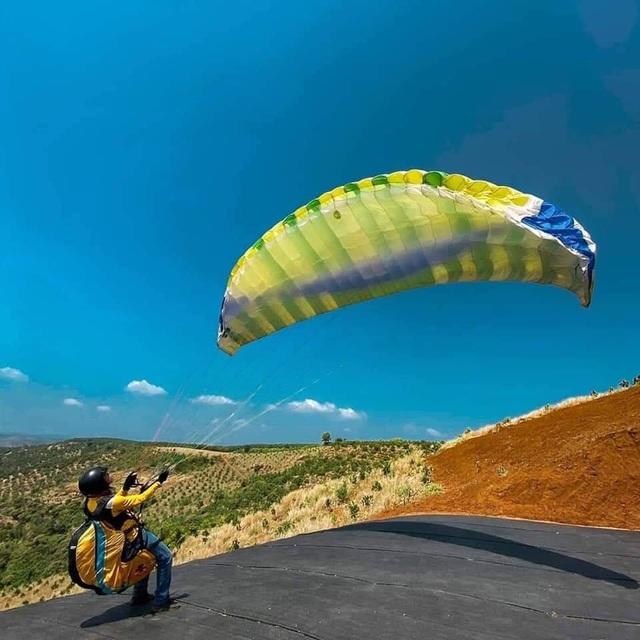 Thử nghiệm bay dù lượn ngắm cảnh ở trên đèo Con Ó - 6