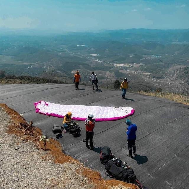 Thử nghiệm bay dù lượn ngắm cảnh ở trên đèo Con Ó - 5