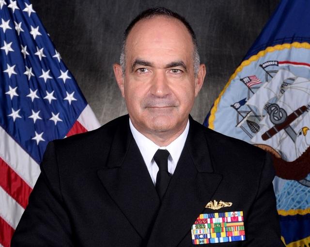 Đô đốc Mỹ: Washington khó đánh chặn tên lửa siêu thanh của Nga, Trung Quốc - 1