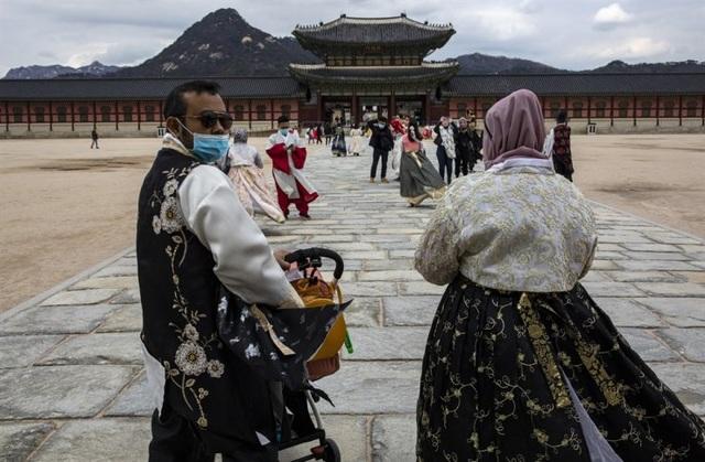 Hàn Quốc phát hiện ca tái nhiễm virus corona đầu tiên - 1