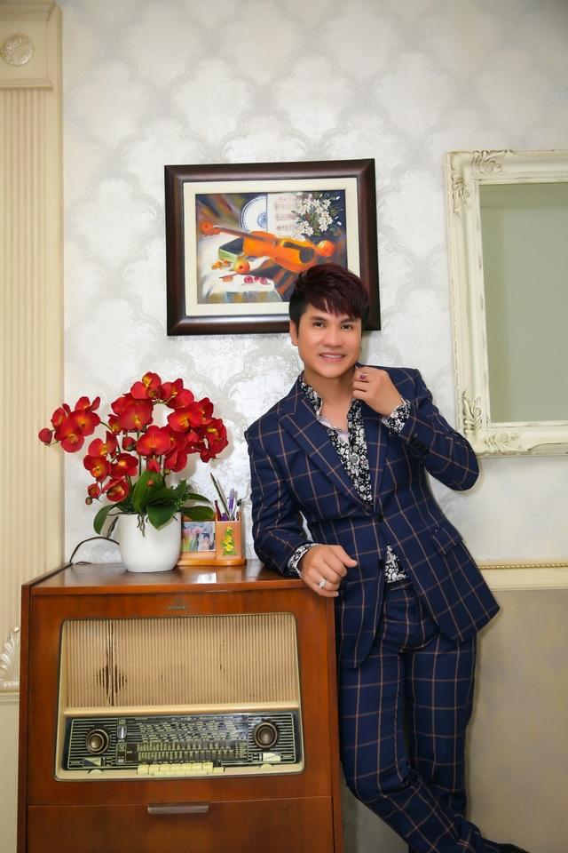 """Cận cảnh căn hộ cao cấp của """"Vua nhạc sàn"""" Lương Gia Huy - 14"""