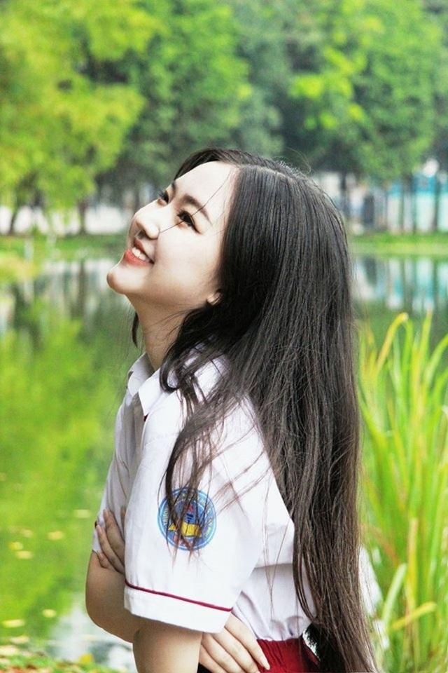 Thiếu nữ xinh nức tiếng Sài thành làm người mẫu khi 10 tuổi - 13