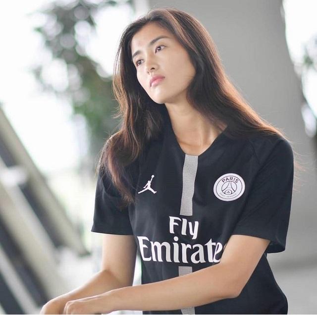 Vẻ đẹp như minh tinh màn ảnh của nữ thủ môn Trung Quốc - 5
