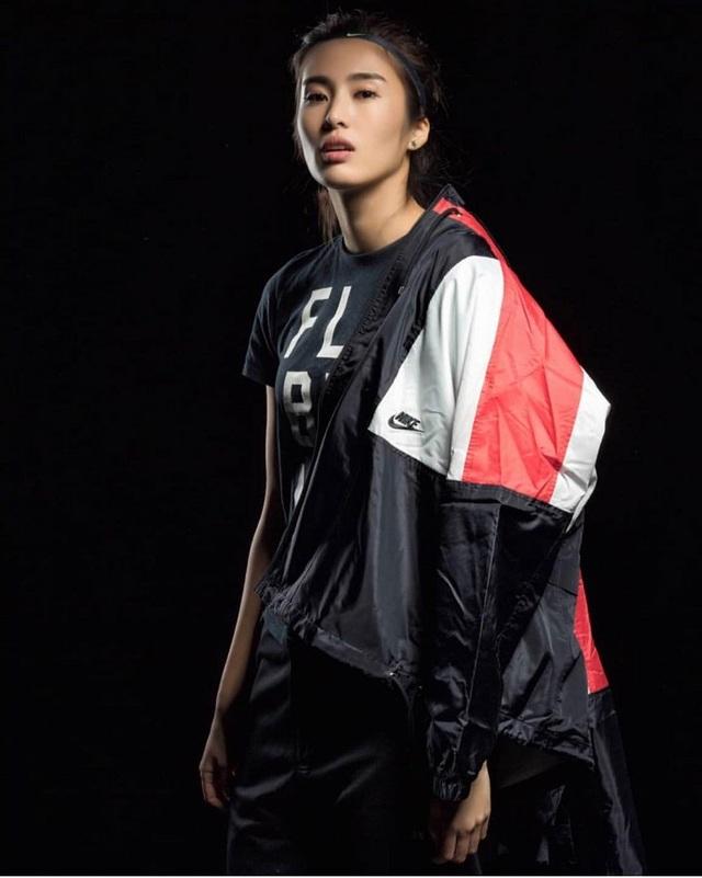 Vẻ đẹp như minh tinh màn ảnh của nữ thủ môn Trung Quốc - 8