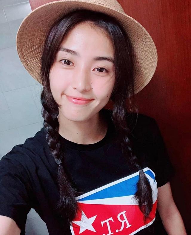 Vẻ đẹp như minh tinh màn ảnh của nữ thủ môn Trung Quốc - 13