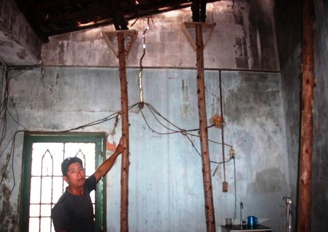 Hàng trăm ngôi nhà ven dự án bị nứt toác, dân nơm nớp lo sập nhà - 3