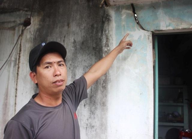 Hàng trăm ngôi nhà ven dự án bị nứt toác, dân nơm nớp lo sập nhà - 1