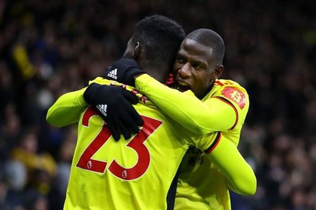 Những khoảnh khắc Liverpool bị quật ngã trên sân Watford - 12