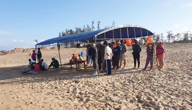 Tìm thấy thi thể du khách Hà Nội gặp nạn khi tắm biển Phú Yên - 1