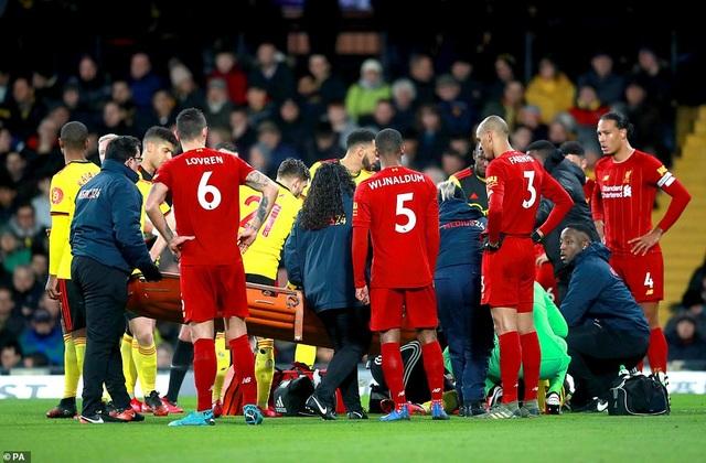 Những khoảnh khắc Liverpool bị quật ngã trên sân Watford - 7