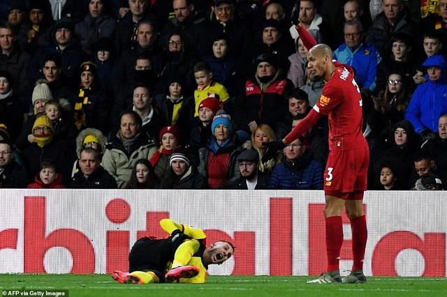 """Lovren, Alexander-Arnold trở thành """"tội đồ"""" trong thất bại của Liverpool - 3"""