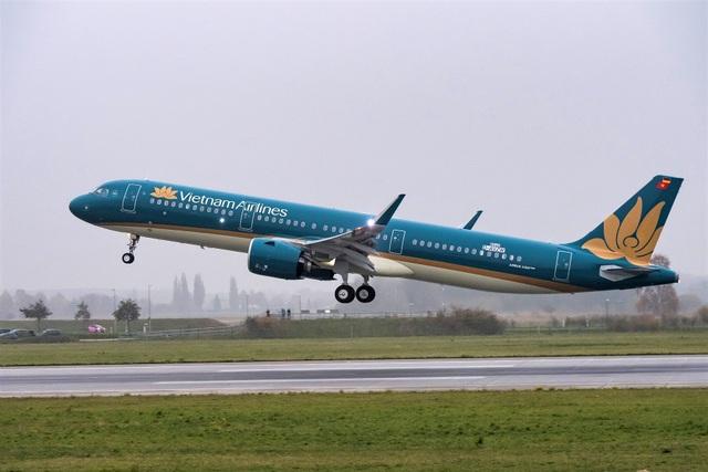 Hai cảng hàng không lớn nhất Việt Nam dừng tiếp nhận chuyến bay từ Hàn Quốc - 1