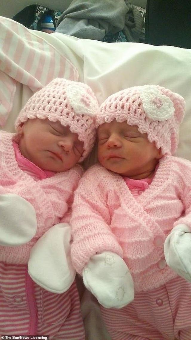 Hy hữu 2 cặp sinh đôi ra đời cách nhau 5 năm, cùng ngày Valentine - Ảnh minh hoạ 2