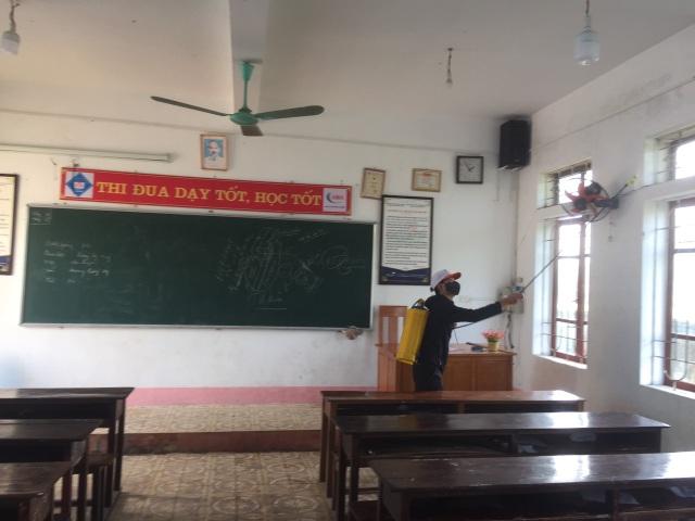 Hà Tĩnh: Trường học vệ sinh, khử trùng đón hơn 48.000 HS đi học hôm nay 2/3 - 2