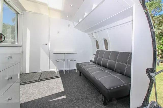 Độc đáo ngôi nhà đầy đủ tiện nghi giá 800 triệu được làm từ máy bay cũ - 7