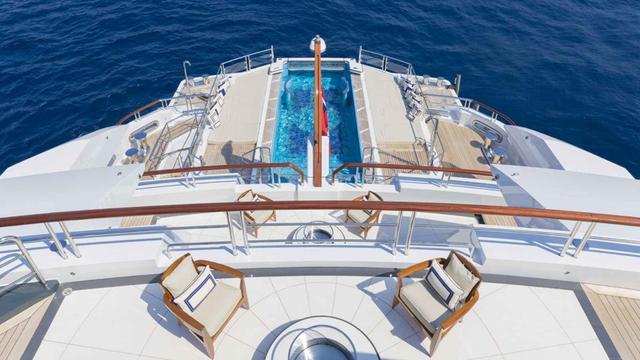 Chiêm ngưỡng nội thất xa hoa của siêu du thuyền đẳng cấp Amadea - 3