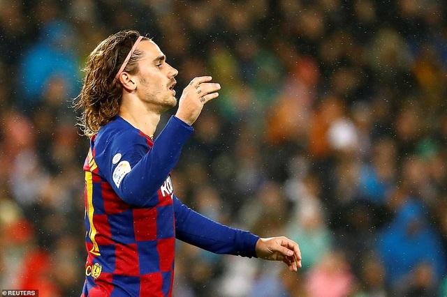 Real Madrid 2-0 Barcelona: Chiến thắng thuyết phục - 5