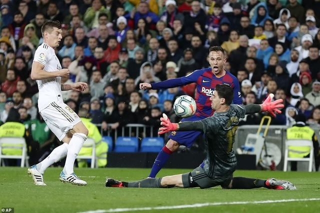 Real Madrid 2-0 Barcelona: Chiến thắng thuyết phục - 2