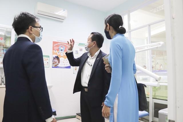 Đà Nẵng: Nhiều học sinh, sinh viên đeo khẩu trang trong lớp học - 3