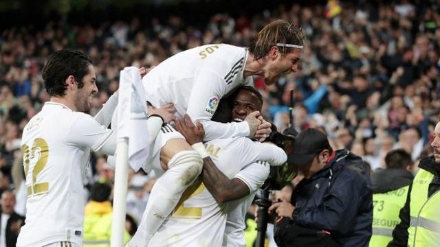 Giúp Real Madrid chiến thắng, sao trẻ phá kỷ lục của Messi - 2
