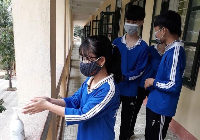 Trường học Thanh Hóa: 943 máy đo thân nhiệt, 24.566 vòi nước rửa tay - 3