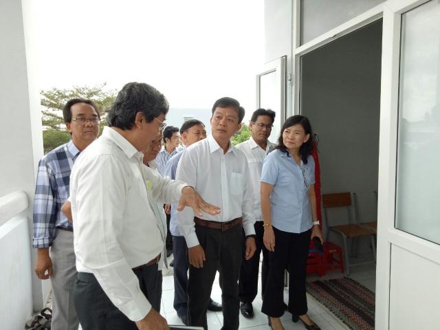 Phó Chủ tịch Bạc Liêu kiểm tra việc đi học trở lại của học sinh THPT - 1