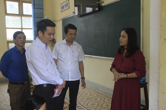 Hôm nay, khoảng 27.000 học sinh THPT Quảng Trị trở lại trường - 1