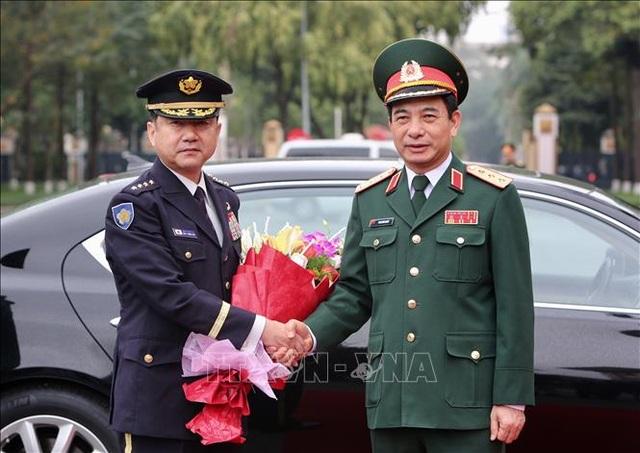 Tham mưu trưởng Liên quân Nhật Bản thăm chính thức Việt Nam - 2