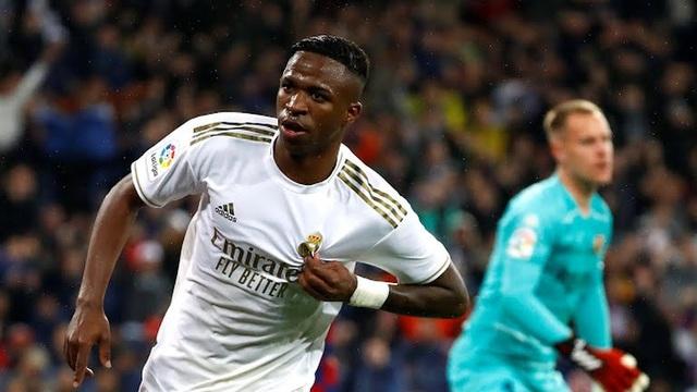 Giúp Real Madrid chiến thắng, sao trẻ phá kỷ lục của Messi - 1