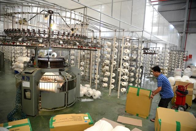 TPHCM gấp rút sản xuất hàng triệu khẩu trang vải kháng khuẩn - 3