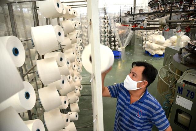 TPHCM gấp rút sản xuất hàng triệu khẩu trang vải kháng khuẩn - 5