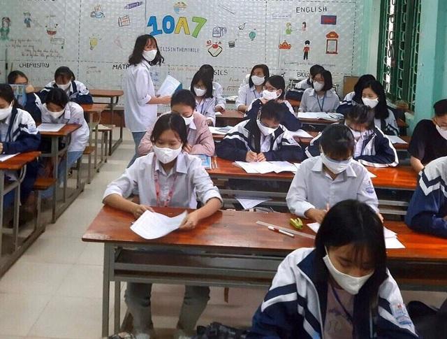 """Học sinh """"tâm dịch"""" Vĩnh Phúc tâm sự sau ngày đầu tiên trở lại lớp - 6"""
