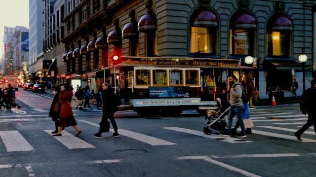 Tận hưởng San Francisco như người bản địa qua video 8K - 5