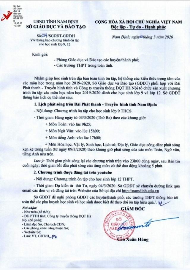 Nam Định: Tổ chức cho học sinh lớp 9 và 12 ôn tập trên truyền hình, youtube - 1