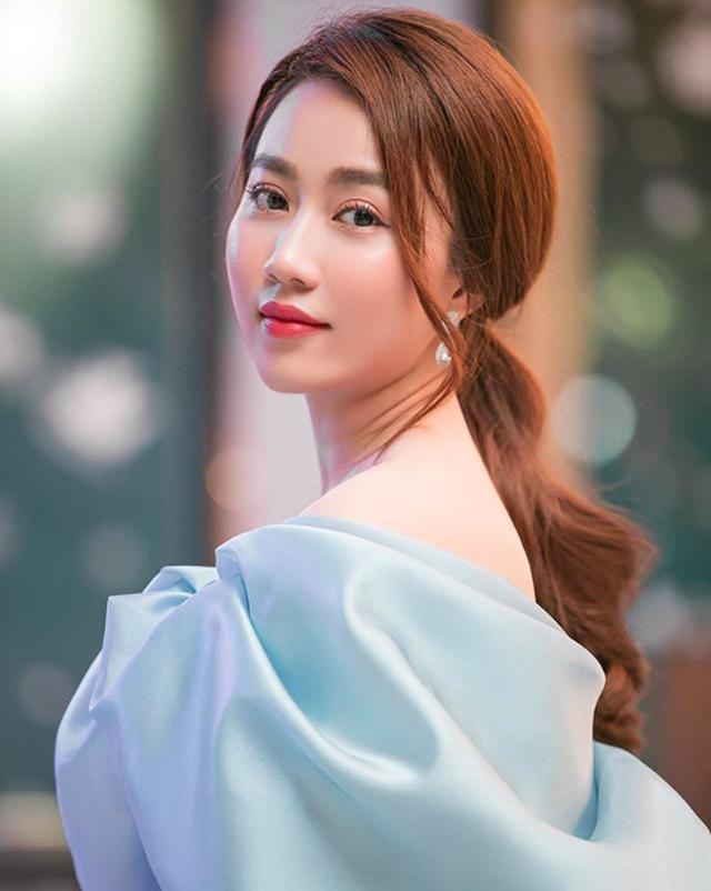 Tiền đạo Tiến Linh và diễn viên Huỳnh Hồng Loan xác nhận hẹn hò - 6
