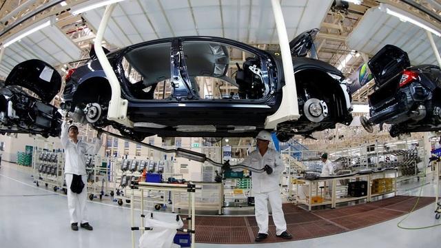 Bài học Philippines, 40 năm chăm nuôi, công nghiệp ô tô vẫn lụi tàn - 1