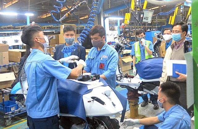 Hơn 2.600 lao động Trung Quốc đang được cách ly phòng, chống Covid-19 - 1