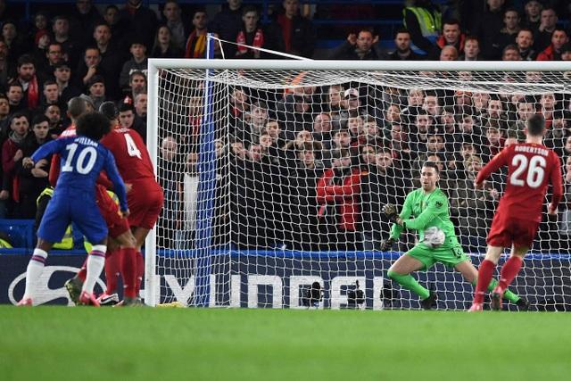 Nhìn lại chiến thắng ngọt ngào của Chelsea trước Liverpool - 8