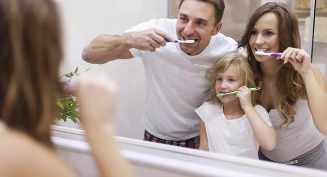 Mối liên hệ giữa bệnh tiểu đường và việc đánh răng hàng ngày - 1