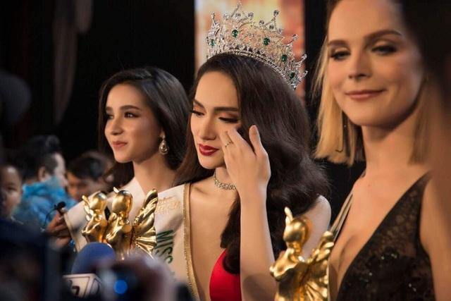 Hương Giang được mời làm giám khảo Hoa hậu Chuyển giới Quốc tế 2020 - 2